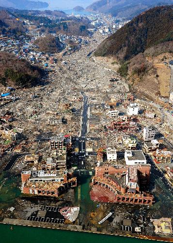 陸の孤島。女川町の惨状