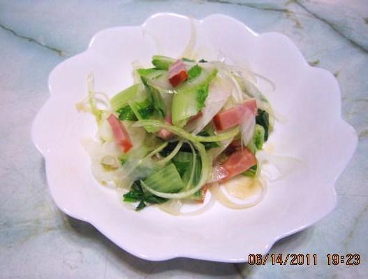 タイニイーシュシュのサラダ