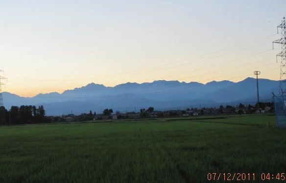 梅雨が明けた立山連峰