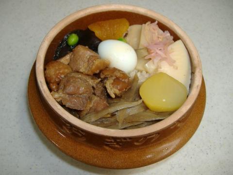 おぎのや長野店・釜飯2