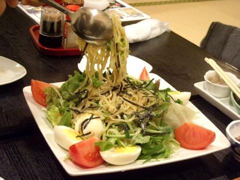 海茶屋・ラーメンサラダ