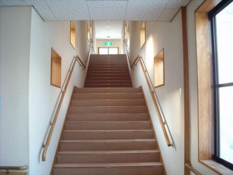 馬下温泉・2階への階段