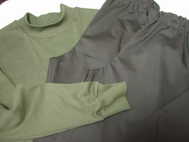ゴムズボン2、Tシャツ1