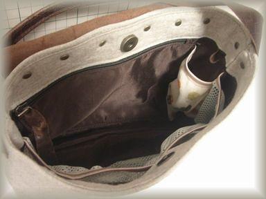 バッグの内側~~~