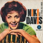 Niki Davis (BB-03024)