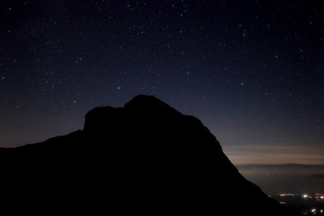 阿弥陀岳と夜景