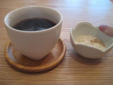 【玄三庵】有機栽培コーヒーと豆乳プリン