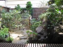 福寿堂秀信の茶寮「季」のお庭