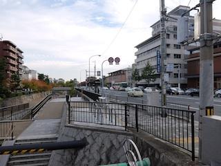 堀川丸太町北側