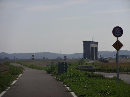 032見えてきました印旛水門