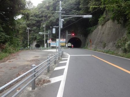 055こんなトンネル