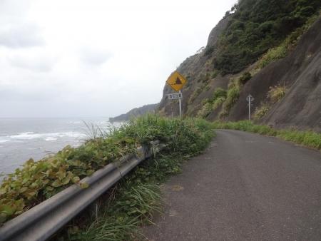 057こんな海岸線