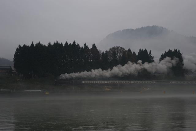 磐越西線 D51498 津川漕艇場