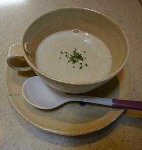 13614そら豆スープ