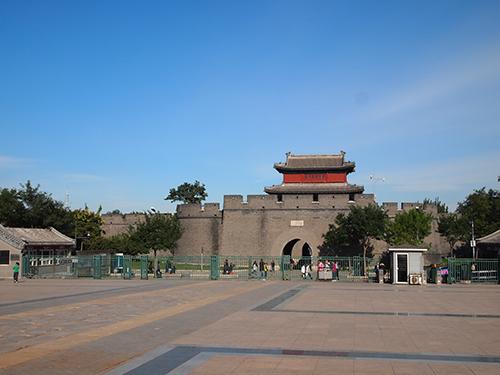 宛平県城 永平河に面する宛平県城西側の門