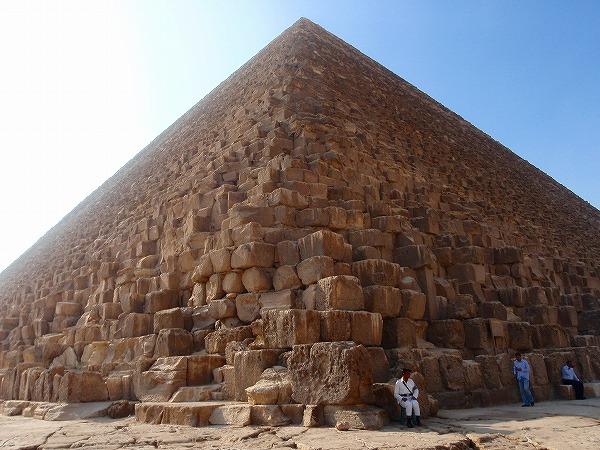 第二ピラミッド、カフラー王の ...
