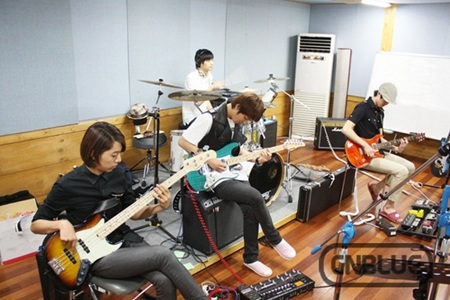 CNBLUE韓国コンサートブログ~CNBLUE 1st concert [Listen to the CNBLUE]~
