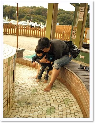 101116ashiyu.jpg
