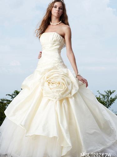weddingdress_063_01_l.jpg