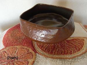 ハム太の飴釉の器