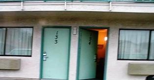 motel-f1.jpg