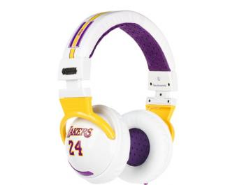 lakers_wht_glamor_2.jpg