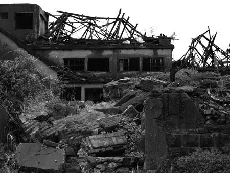 軍艦島15瓦礫