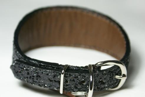 総手縫いスパンコールデザイン首輪