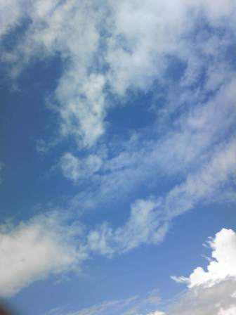 雲 22 7 19
