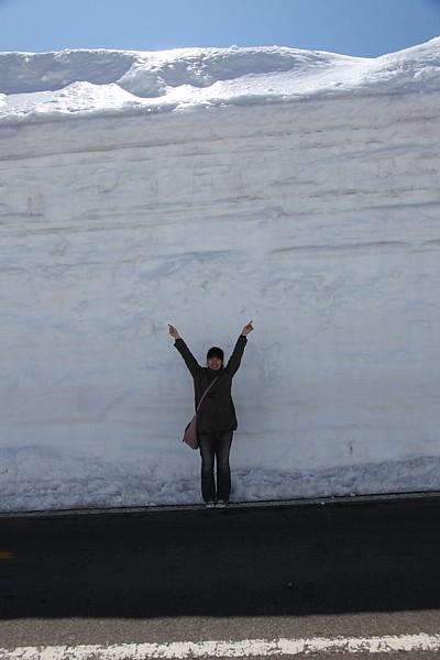志賀草津道路 雪の回廊 ピーク部分