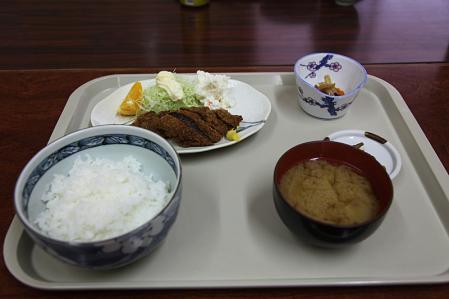 鹿かつ定食900円@仙流荘