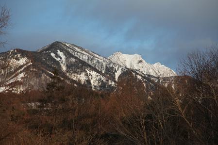 天女山から権現、赤岳を望む