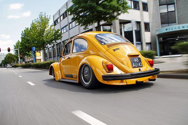 VW-wallpaper-october-2012-013.jpg