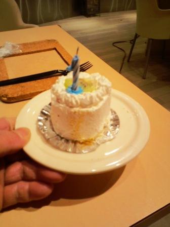 3.29バースデーケーキ1