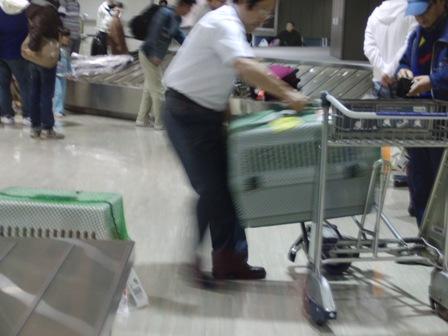 10.28成田空港にて2
