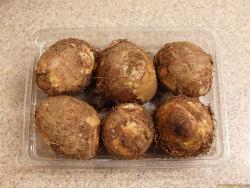手羽先と里芋の炒め煮01