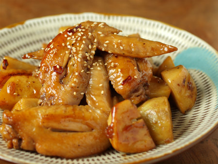手羽先と里芋の炒め煮44