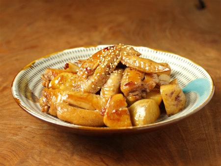 手羽先と里芋の炒め煮34