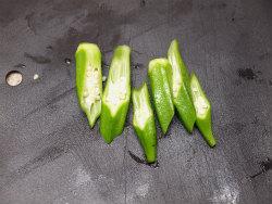 砂肝のクミンシード炒め10