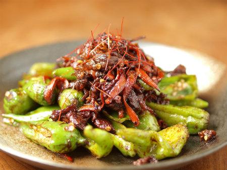 じゃんぼシシトウと牛肉の甜麺11