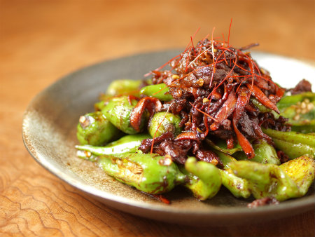 じゃんぼシシトウと牛肉の甜麺12