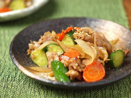 きゅうりと豚肉の味噌炒め19