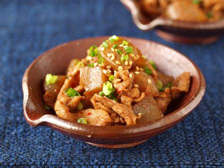 牛肉とこんにゃくのピリ辛炒め25
