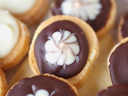 バニラ風味のチョコサブレb06