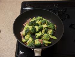 ブロッコリーとベーコンの焼きサ10