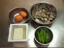 あさりと豆腐の卵とじ01