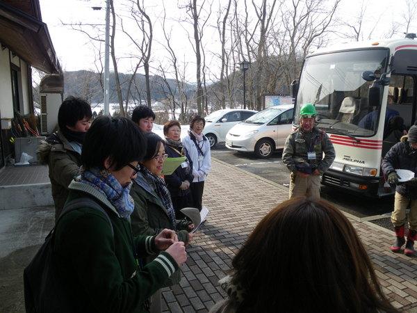 天台寺の境内で集合