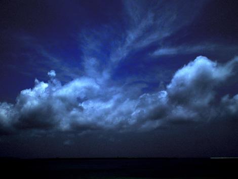絵画のような雲
