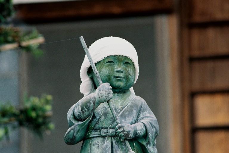 香勝寺の石像-1