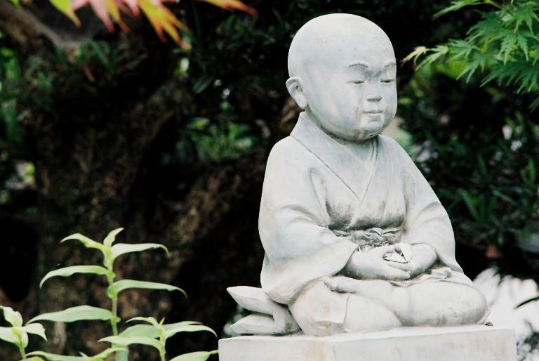 香勝寺の石像-2